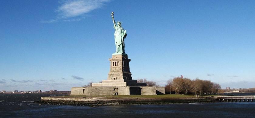 estatua de la libertad desde un barco