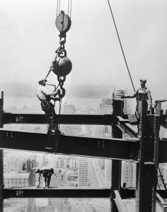 instalación de las vigas de acero en el Empire State Building